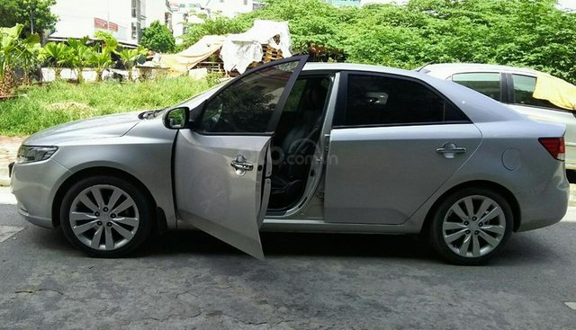 Cần bán xe Kia Forte SX AT 1.6 đời 2012, màu bạc, giá chỉ 399 triệu