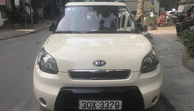 Cần bán xe Kia Soul sản xuất năm 2009, màu kem (be), nhập khẩu nguyên chiếc