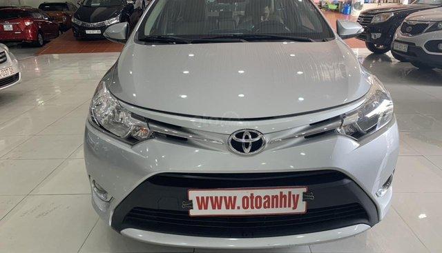 Bán xe Toyota Vios năm 2018, màu bạc