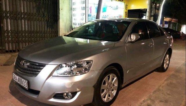 Cần bán Toyota Camry 2.4G, xe công chức sử dụng nên rất giữ gìn