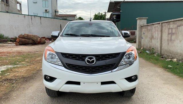 Cần bán Mazda BT 50 AT năm sản xuất 2015, màu trắng, nhập khẩu, 490 triệu