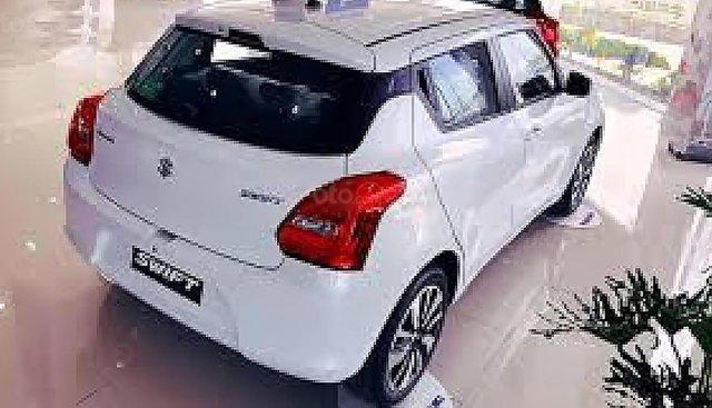 Bán Suzuki Swift GLX 1.2 AT đời 2019, màu trắng, xe nhập