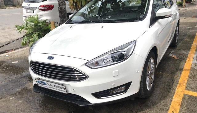 Cần bán xe Ford Focus 1.5 L AT Titanium sản xuất năm 2018, màu trắng, 698tr