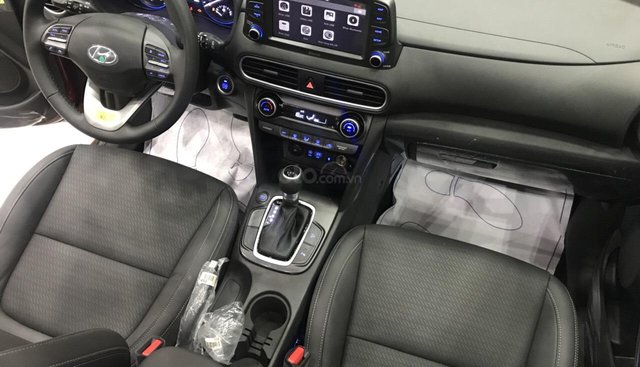 Bán ô tô Hyundai Kona đời 2019, màu đỏ giá cạnh tranh