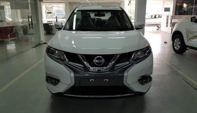 Bán xe Nissan X trail 2018, màu trắng, 839tr