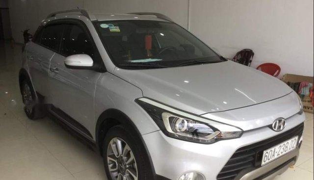 Bán Hyundai i20 Active 2015, màu bạc, xe nhập, 465tr