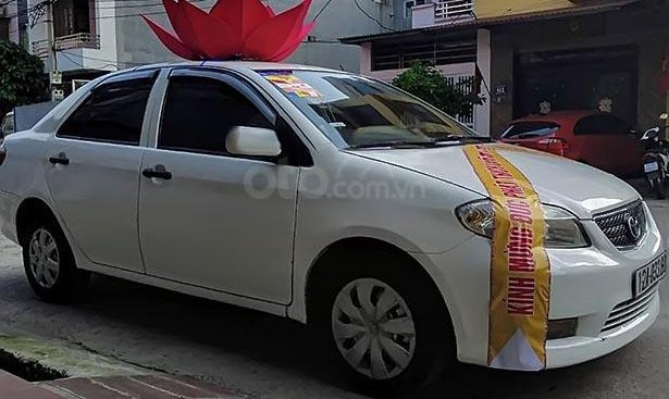 Bán Toyota Vios Limo 2005, màu trắng, xe đẹp