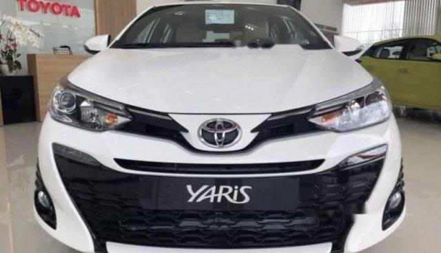 Bán ô tô Toyota Yaris đời 2019, màu trắng, nhập khẩu nguyên chiếc, giá chỉ 580 triệu