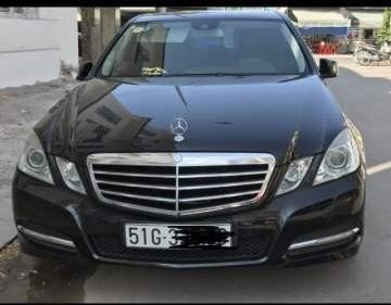 Bán Mercedes E250 sản xuất 2010, màu đen, giá 725tr