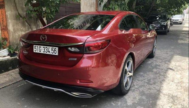 Cần bán gấp Mazda 6 năm sản xuất 2017, màu đỏ chính chủ