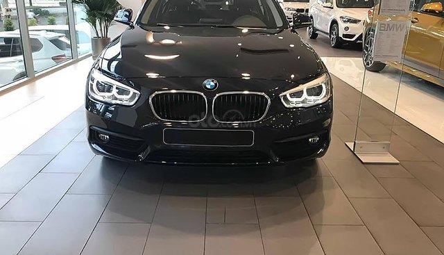 Bán BMW 1 Series 118i 2018, màu đen, giá tốt bất ngờ
