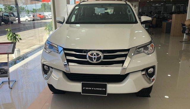 Bán xe Toyota Fortuner 2.7 V (4x2) 2019, màu trắng, xe nhập khẩu