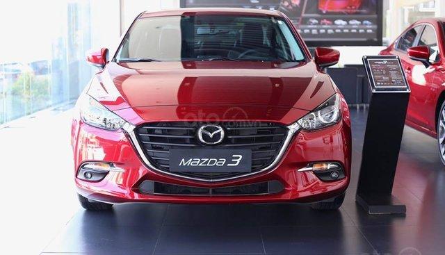 Bán ô tô Mazda 3 sản xuất 2019, màu đỏ