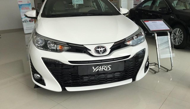 Toyota Yaris mới 100% nhập Thái Lan, màu trắng, màu đỏ giao ngay giảm giá lớn