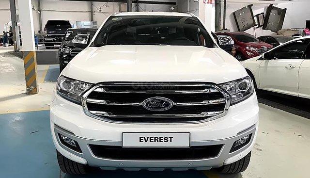 Ford Bình Định bán ô tô Ford Everest Titanium 2.0L 4x2 AT đời 2019, màu trắng, nhập khẩu nguyên chiếc