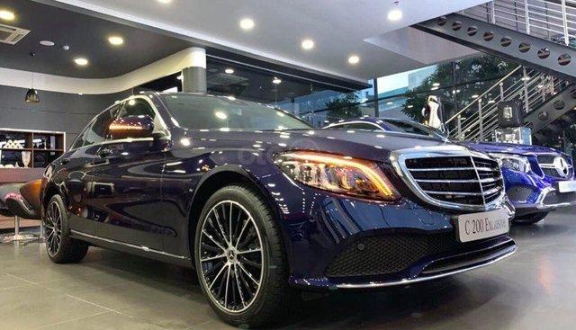 Bán Mercedes C200 Exclusive màu xanh, cổ điển - thể thao và sang trọng cho doanh nhân trẻ