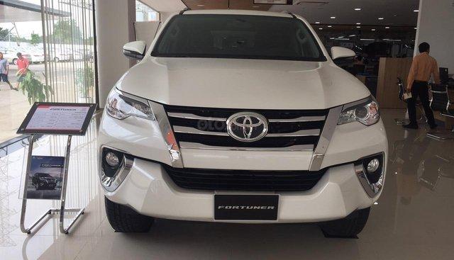 Toyota Fortuner máy dầu số tự động khuyến mãi cực tốt