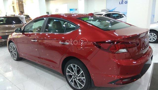 Hyundai Elantra Thanh Hóa 2019, chỉ 200tr, trả góp vay 80%, LH 0947.371.548