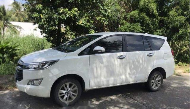 Bán Toyota Innova 2.0E đời 2017, màu trắng, đăng ký 12/2017