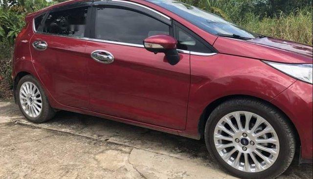 Bán xe Ford Fiesta Ecoboost 1.0 (bản cao cấp), mua T10/2018, biển số TP