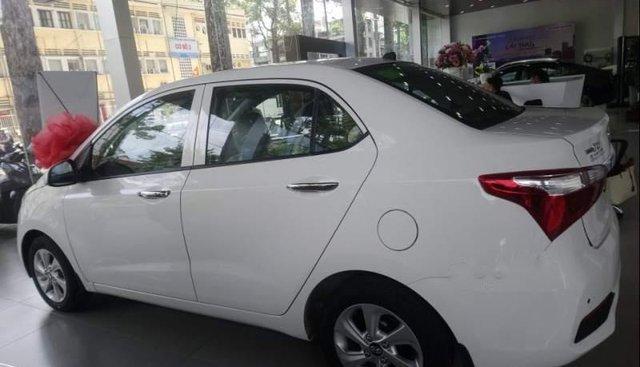 Bán Hyundai Grand i10 năm sản xuất 2019, màu đỏ
