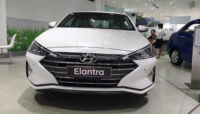 Hyundai Elantra Thanh Hóa 2019 chỉ 200tr, trả góp vay 80%, LH 0947.371.548