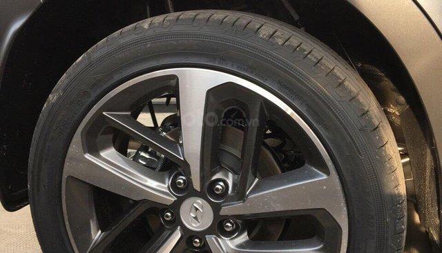 Bán xe Hyundai Kona tiêu chuẩn 2019