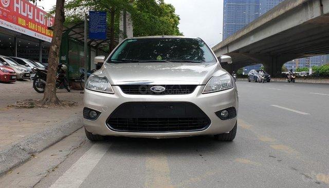 [Tín Thành Auto] Bán Ford Focus 2.0AT Hatchback 2010, màu ghi vàng