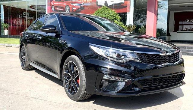 Cần bán xe Kia Optima 2.4 GTLine đời 2019, màu xanh đen. Giá cạnh tranh