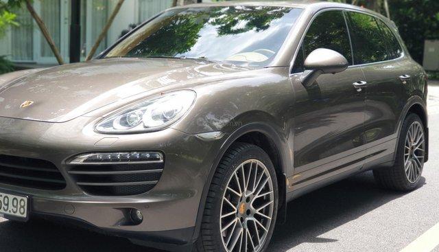 Bán Porsche Cayenne sản xuất 2011, màu nâu, xe nhập