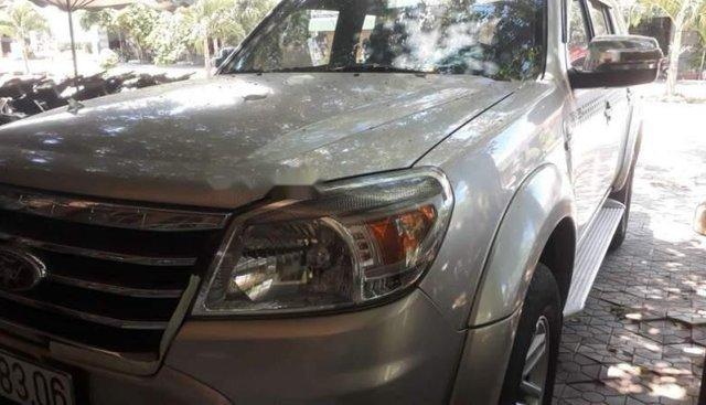 Bán Ford Everest năm sản xuất 2009, màu hồng, số sàn 1 cầu, máy dầu