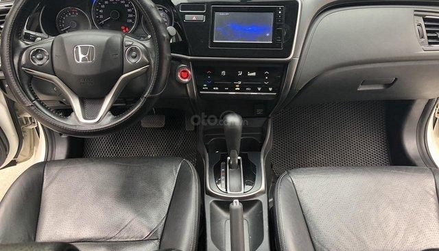 Bán Honda City TOP 1.5AT màu trắng, số tự động, sản xuất 2017, đi 45000km, biển Đồng Nai