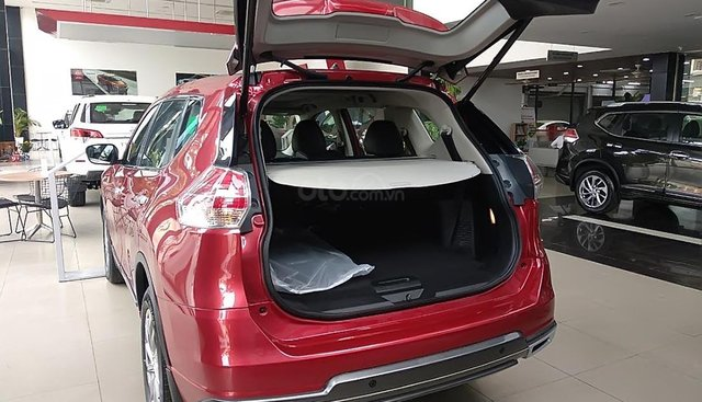 Bán Nissan X trail V Series 2.0 SL Premium 2019, màu đỏ