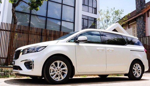 Bán xe Kia Sedona 2019 tặng cam hành trình + màn hình gối đầu