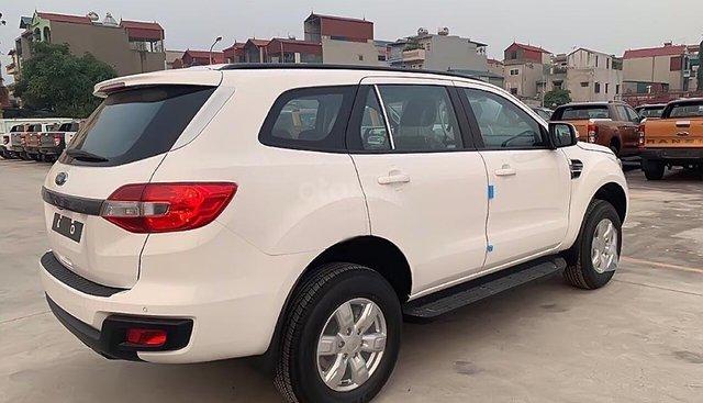 Bán ô tô Ford Everest sản xuất năm 2019, màu trắng, nhập khẩu nguyên chiếc