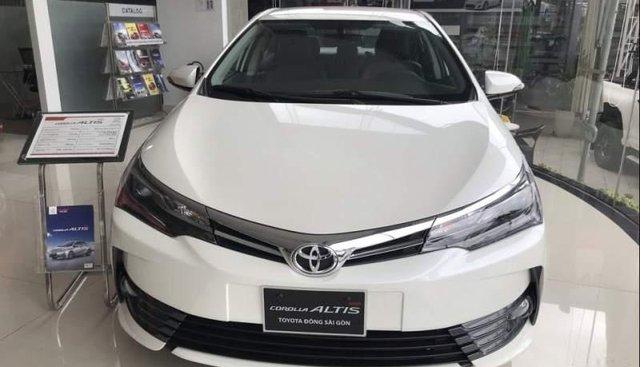 Bán Toyota Corolla altis 2.0V Luxury 2019, màu trắng