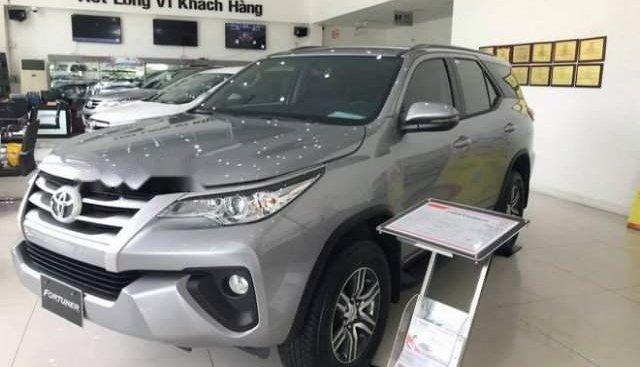 Bán xe Toyota Fortuner sản xuất năm 2019, màu xám
