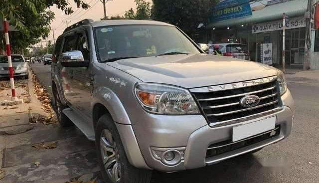 Bán Ford Everest sản xuất năm 2011, nhập khẩu nguyên chiếc, xe nhà ít sử dụng