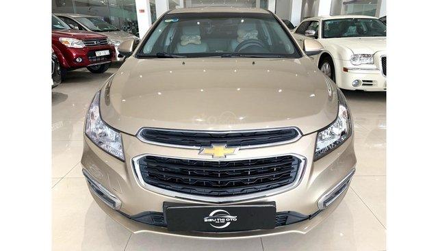 HCM: Chevrolet Cruze 2016 - màu nâu vàng, trả trước chỉ từ 141 triệu