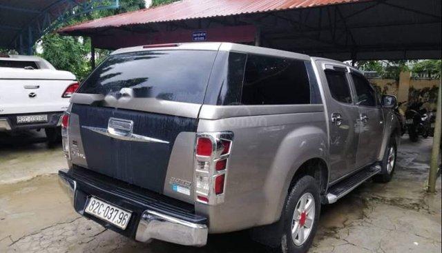 Cần bán Isuzu Dmax sản xuất năm 2014, màu xanh lam, nhập khẩu Thái chính chủ