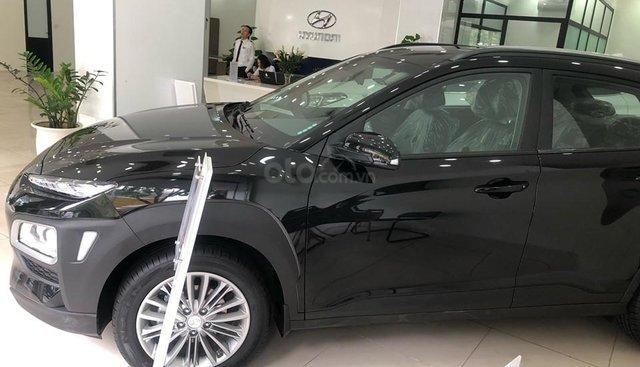 Bán Hyundai Kona tiêu chuẩn đen 2019, đủ màu, tặng 10-15 triệu, nhiều ưu đãi - LH: 0964898932