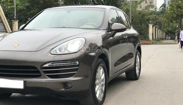 Cần tìm chủ mới cho Porsche Cayenne đời 2012, màu nâu, fix nhiệt tình cho anh em có thiện chí