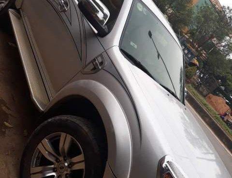 Bán xe Ford Everest, đăng ký lần đầu tháng 11 năm 2010, xe máy dầu, chạy được 12 vạn, số tự động