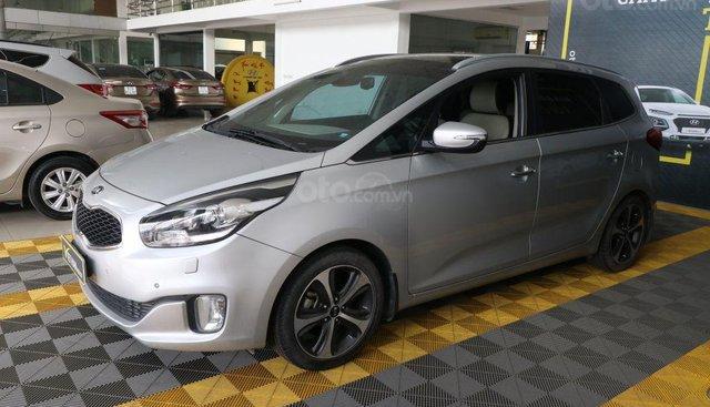 Cần bán xe Kia Rondo GATH 2.0AT năm 2015, màu bạc, 576 triệu