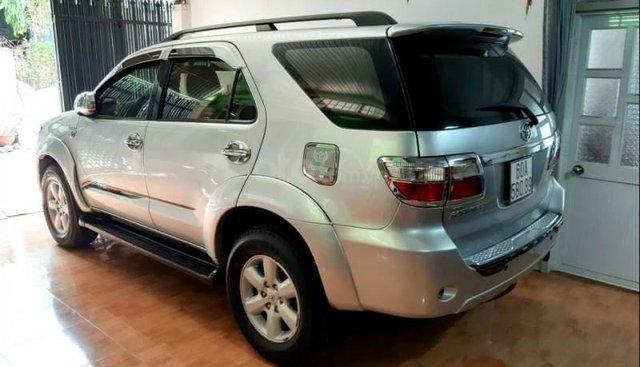 Bán Toyota Fortuner đời 2010, màu bạc chính chủ, giá chỉ 537 triệu