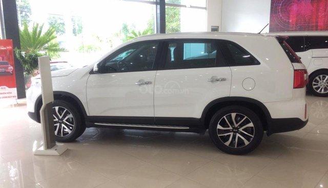 Bán xe Kia Sorento DATH đời 2019, màu trắng giá cạnh tranh