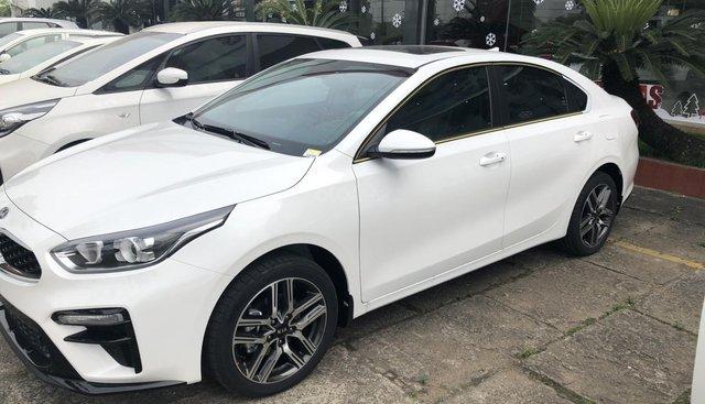 Kia Cerato sx 2019 đủ màu giao ngay (trắng, bạc, vàng, xanh, đỏ, đen) hỗ trợ 90% + ưu đãi khủng tiền mặt