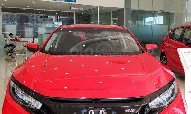 Bán ô tô Honda Civic RS đời 2019, màu đỏ, xe nhập