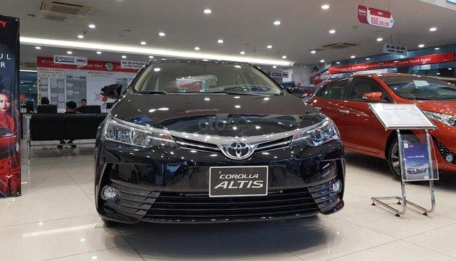 Bán Corolla Altis 2019 giá cực sốc