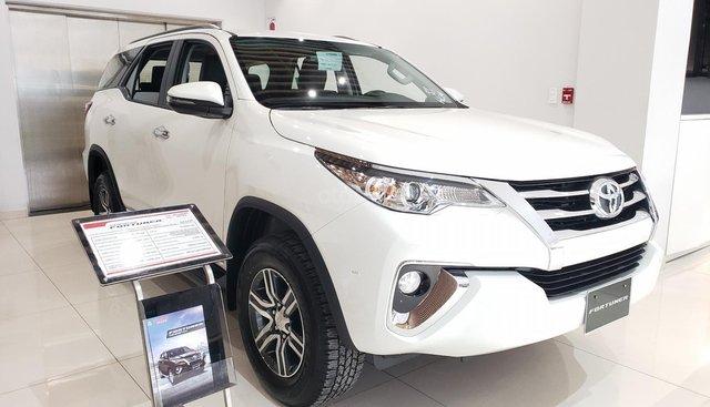 Toyota Fortuner 2019, tặng gói full phụ kiện, xe giao ngay